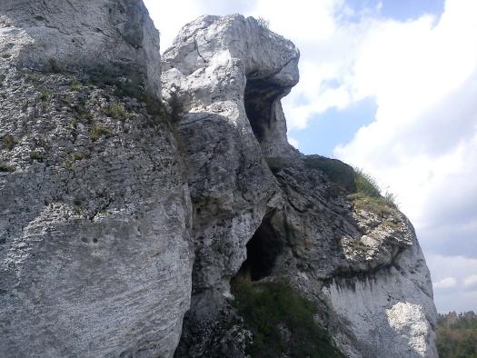 Okiennik Wielki - naprawdę jest na wylot dziura w tej skale - przyjedźcie z nami i sami zobaczcie!